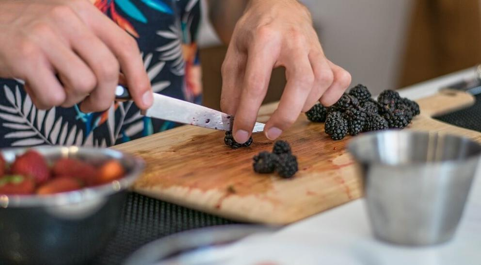 Chopping blackberries
